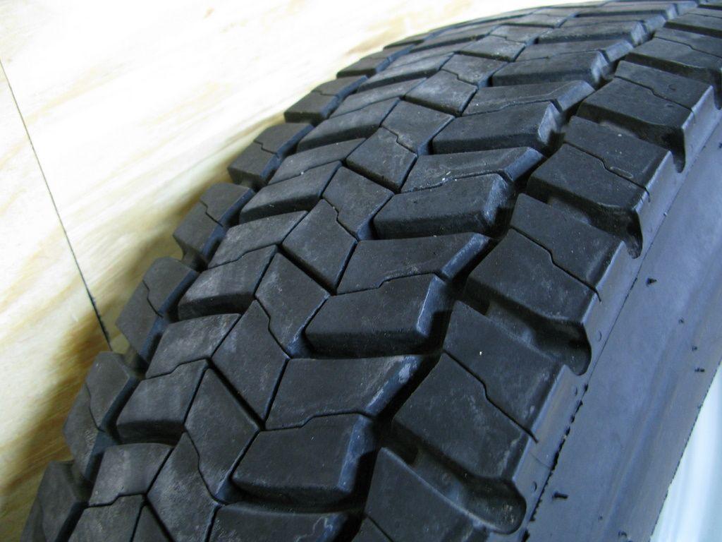Ford F450 Wheels Rims Tires Center Caps 19 5 4x4